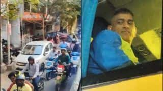 IPL 2020: Fans Follow CSK Bus to Get a Glimpse of Skipper MS Dhoni, Video Goes Viral | WATCH