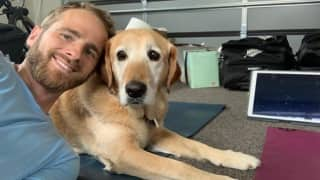 New Zealand Captain Kane Williamson Gives Pet Dog Sandy Slip Catching Practice, Shikhar Dhawan And Aaron Finch Appreciate Skill | WATCH VIDEO