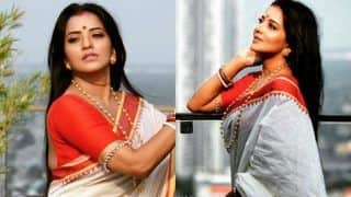 Bhojpuri Sizzler Monalisa Looks Hot as She Flaunts Her Bengali Avatar in Traditional Saree, Wishes Fans 'Happy Women's Day'