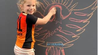 David warners daughter paints sunrisers hyderabad logo post photo on instagram 3980510