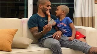 Shikhar Dhawan Boxing With Son Zoravar to Stay Fit During Quarantine Period Amid 21-Day Lockdown | WATCH VIDEO