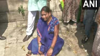 'Kill me Too': Wife of Akshay Singh Faints Outside Court, Says She Also Wants Justice