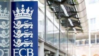 England Cricket Board (ECB) Bans Players From Wearing Smartwatches in Field of Play, Tighten Anti-Corruption Regulations