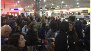 Coronavirus: यात्रा प्रतिबंध के कारण सिंगापुर हवाईअड्डे पर फंसे 97 भारतीय यात्री