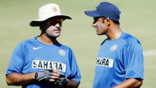 Kris srikkanth reckons that learning from anil kumble really made ms dhoni understand the virtues of leadership 4005404