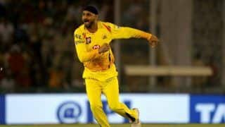 A lot of lives are on line so we should organise ipl when everything is fine harbhajan singh 3992862