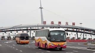 Hong Kong to Ease Quarantine Restrictions on Travellers From Mainland China