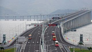 Hong Kong Government Under Pressure to Open Border, Relax Travel Restrictions With Mainland China