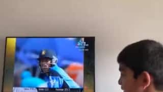 Mohammed Kaif Relives India vs Pakistan 2003 WC Match With Son During COVID-19 Lockdown | WATCH VIDEO