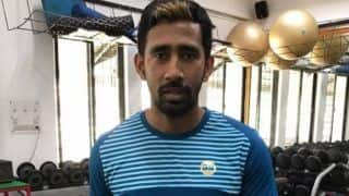 टीम इंडिया के विकेटकीपर बल्लेबाज रिद्धिमान साहा के घर लूटपाट की कोशिश