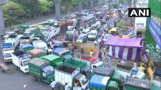 Coronavirus In Delhi: आजादपुर मंडी में कोरोना के 11 मामले, रोज उड़ती हैं नियमों की धज्जियां, Photos