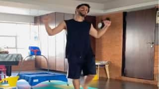 Soha Ali Khan Shares Hilarious Video of Hubby Dancing, Says 'Losing weight or losing mind?'
