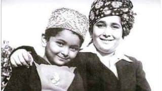 Kareena Kapoor Khan Mourns The Demise of Rishi Kapoor With His Childhood Picture