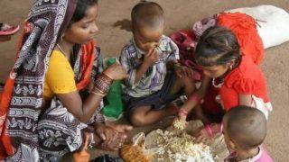 COVID-19: कोरोना महामारी ने 23 करोड़ भारतीयों को गरीबी में धकेला: रिपोर्ट