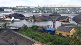 Super Cyclone Amphan: कोलकाता एयरपोर्ट हुआ जलमग्न, भारी तबाही के बीच एयरपोर्ट के उड़े परखच्चे
