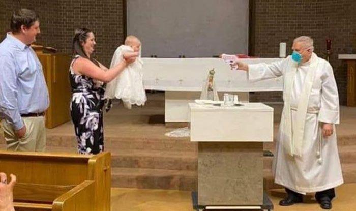 [Image: Gun-Baptism.jpg]
