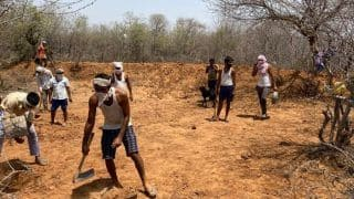 Rajasthan Villagers Dig Water Reservoir on Hill to Ensure Thirsty Wild Animals Don't Stray Into Village