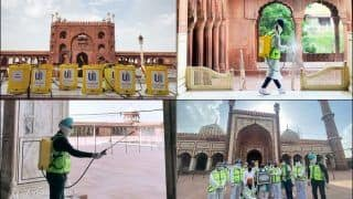 Respect! Sikh Community Win Hearts For Raising The Bar of Brotherhood And Peace Ahead of Eid 2020, Sanitise Jama Masjid in Delhi