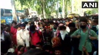 उत्तर प्रदेश: सहारनपुर में प्रवासी मजदूर लाठी-डंडे लेकर सड़कों पर उतरे, वाहनों में तोड़फोड़, घर नहीं भेजे जाने से नाराज