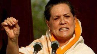 Ahead of CWC Meet, Congress Says Sonia Gandhi Not Resigning as Interim Chief, Calls Media Reports 'False'