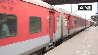 Noida/4 Special Trains For Bihar: नोएडा से कल चलेंगी 4 स्पेशल ट्रेन, प्रवासी मजदूर जा सकेंगे बिहार, कराएं रजिस्ट्रेशन, देखें Timings