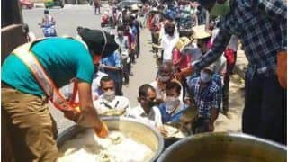 Selfless Service: Delhi Gurudwara Is Feeding Over 15,000 People Daily With 'Langar On Wheels' Initiative