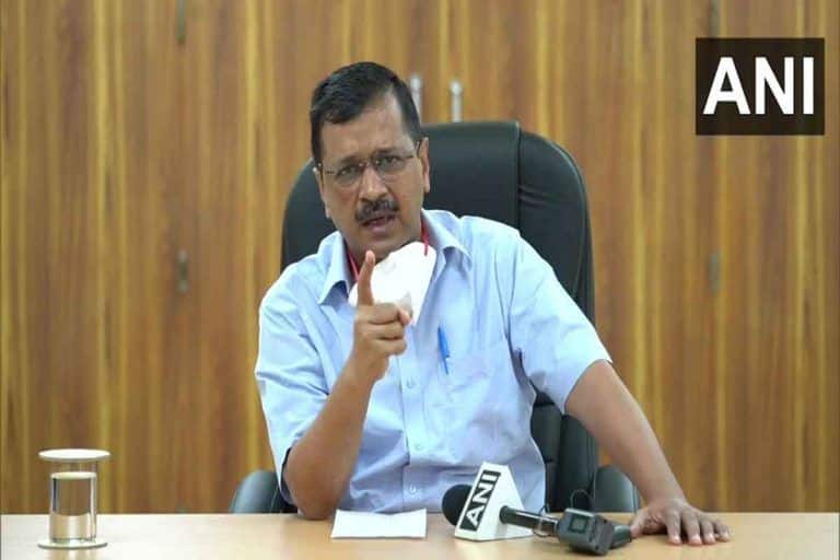 Kejriwal Warns of Action Against Private Hospitals Denying COVID-19 Treatment, Urges Asymptomatic People to Not Test