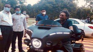 Harley Davidson पर नजर आए चीफ जस्टिस शरद अरविंद बोबडे, निकले थे मॉर्निंग वॉक पर