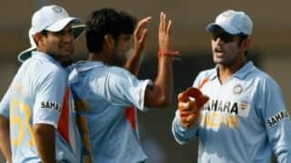 Ms dhoni used to control bowlers in 2007 but started trusting in 2013 irfan pathan 4069952