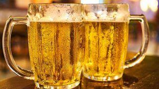 चीन में शख्स ने पी ली 10 बोतल Beer, नशे में 18 घंटे सोता रहा, तीन हिस्सों में फट गया मूत्राशय...