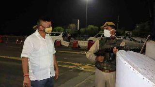 Coronavirus: नोएडा, गाजियाबाद समेत यूपी के इन 6 शहरों में रात के कर्फ्यू का समय बढ़ा