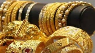 Gold Rate Today August 25: Price of Yellow Metal Declines by Rs 557, Silver Tumbles Rs 1606