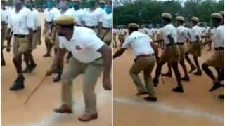 Viral Video: Telangana Cop Trains Recruits to the Tunes of Mohammed Rafi's 'Dhal Gaya Din'