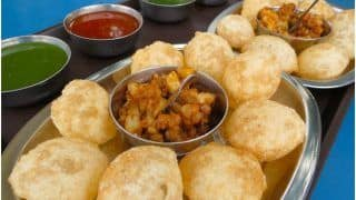 Bad News For Those Craving 'Pani Puri' As Kanpur Bans Sale of 'Golgappas' Fearing Covid-19 Spread