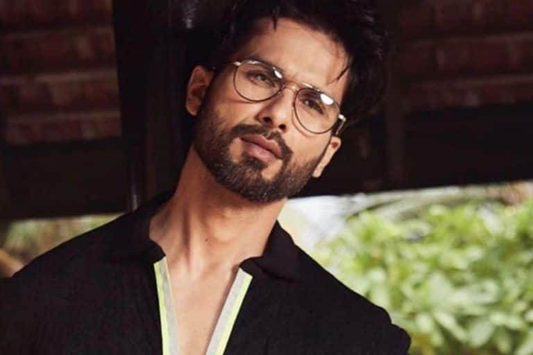 Shahid Kapoor To Play Karna in Rakeysh Omprakash Mehra's Adaptation of Mahabharata
