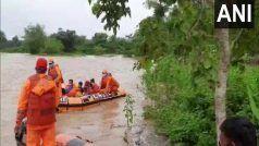 Bihar Floods: बिहार की नदिया ने पकड़ा रौद्र रूप, पूरे राज्य में बाढ़ मची हाहाकार, 50 लाख से अधिक लोग प्रभावित