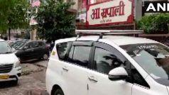 सरकार बचाने में जुटी कांग्रेस, दिल्ली, महाराष्ट्र, राजस्थान में पार्टी नेताओं पर IT के छापे