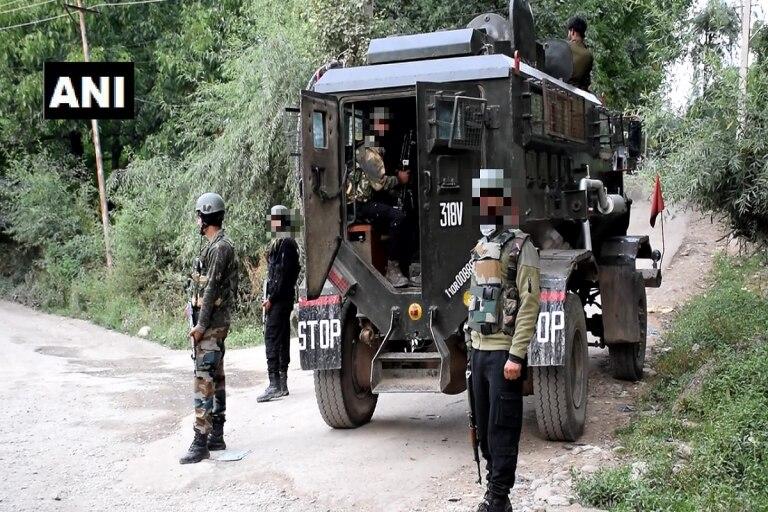Jammu And Kashmir: 3 Terrorists Killed in Encounter in Shopian, Operation Still Underway