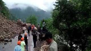 Locals in Uttarakhand Carry Patient on Makeshift Stretcher As Roads Remain Blocked Due to Landslides & Rain