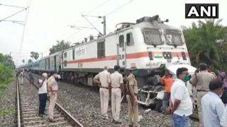 पटना में ट्रेन हादसा, पटना-रांची जनशताब्दी की चपेट में आई कार, एक बच्ची सहित तीन लोगों की मौत