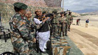 Rajnath Singh Leh Visit Update: रक्षा मंत्री ने चलाई मशीन गन, LAC के पास सेना ने की पैरा ड्रॉपिंग