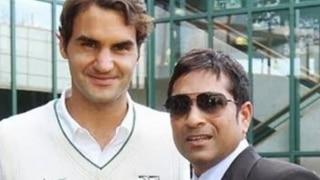 टेनिस कोर्ट पर सचिन ने खेला शानदार फोर-हैड, रोजर फेडरर से पूछा ये सवाल
