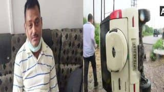 Vikas Dubey Encounter: गैंगस्टर को कानपुर लाते समय पलटी STF की गाड़ी और फिर पुलिस ने...