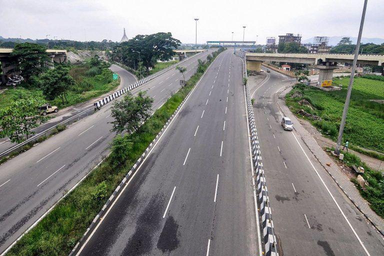 Unlock 4: Maharashtra Allows Inter-district Transport of Goods, Extends Lockdown Till Sept 30