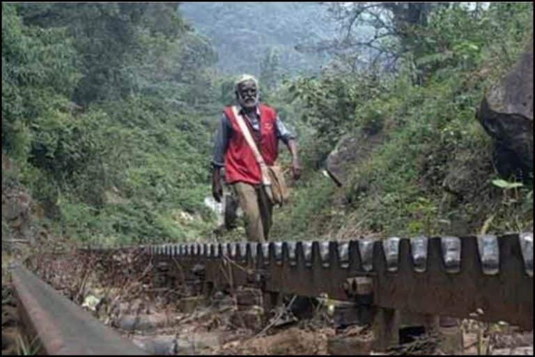 'Deserves Padmashri': Twitter Can't Stop Gushing Over Postman Who Faced 'Wild Elephants'-'Slippery Streams' to Deliver Letters For 30 Years