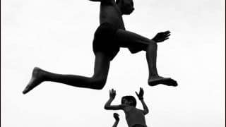 Mumbai-Born Dimpy Bhalotia Wins Photographer of the Year at the 2020 iPhone Photography Awards For 'Flying Boys'