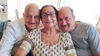 Anupam Kher's Mother COVID-19 Update: She is Doing Well, Staying Connected With Her Relatives, Reveals Actor