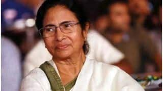 Mamata Unveils 'London-like' Open Roof Double Decker Buses in Kolkata Ahead of Durga Puja
