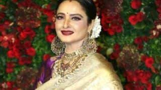 Rekha Informs BMC She Will Get Her COVID-19 Test Done Herself After Her Security Guard Contracted Virus