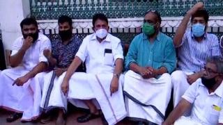 केरल: सचिवालय में लगी आग, विपक्ष ने कहा- गोल्ड स्मगलिंग मामले के सबूत नष्ट करने की कोशिश कर रही सरकार